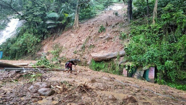 Kerala landslide toll rises to eight as search for those missing on