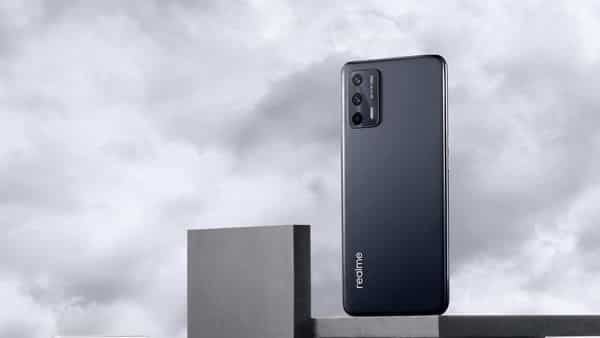 Realme GT Neo 2T, Realme Q3s launched with high refresh rate screen, fast charging. See price, specifications